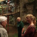 ehrenamtliche Besucherbetreuung in der Tropenhalle vom Darwineum