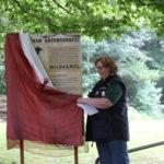 Einweihung Schild Artenschutz Wildkamele (Rostocker Zooverein) - Artenschutztag 2017