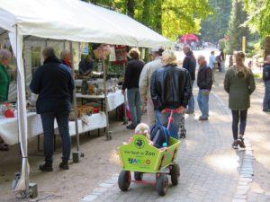 Trödelmarkt Zooverein beim Zoofest