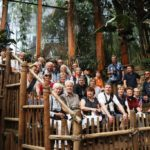 Reisegruppe im Elefantenhaus Zoo Amersfoort